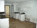 5521 Roxanne Pl kitchen