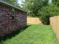 5523 Roxanne Pl side yard